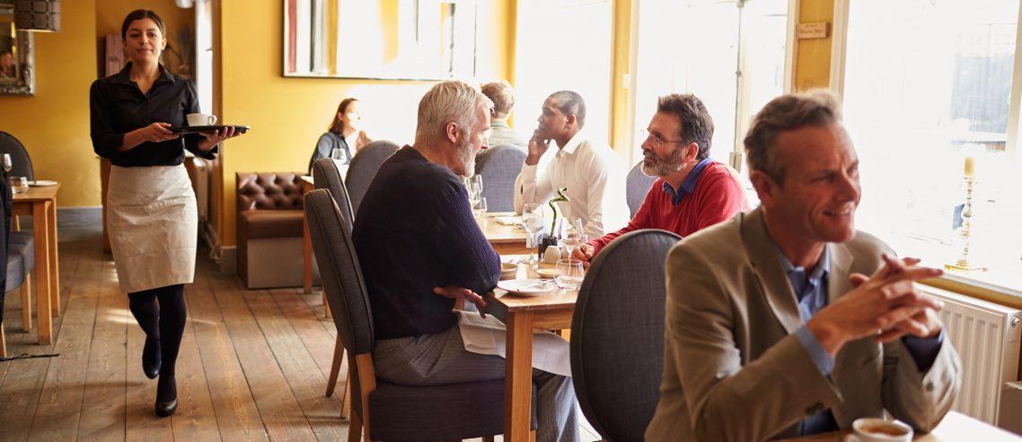 Local restaurants social media communication using Publing