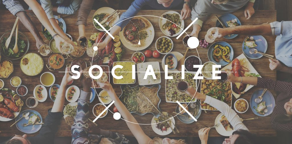 socialize-customer