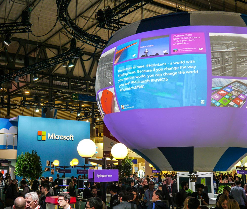 Mobile World Congress Microsoft Social Media Wall as Baloon